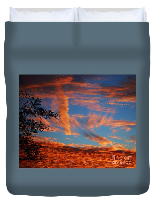 Sunset Art Fall Tranquil Clouds Outdoors Night Natural Beauty Vibrant Colors Nature Stock Shot Canvas Print Or Metal Frame Suitable Greeting Card Poster Print Available On Phone Cases Throw Pillows Duvet Covers Shower Curtains Tote Bags Weekender Tote Bags And T Shirts Duvet Cover featuring the photograph Fall Evening Falls by Marcus Dagan