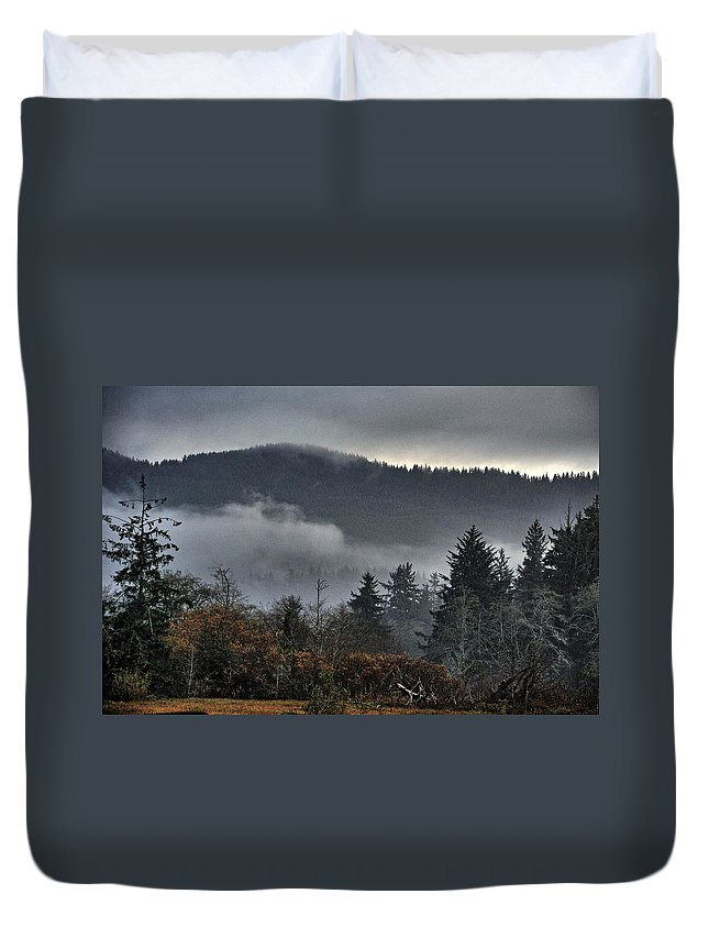 Sandlake Duvet Cover featuring the photograph Fall Low Clouds And Fog by Chriss Pagani