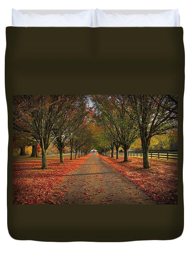 Reid Callaway Fall Duvet Cover featuring the photograph Fall's Driveway by Reid Callaway