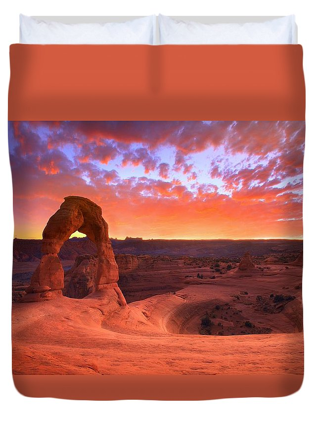 America Duvet Cover featuring the photograph Famous Sunset by Kadek Susanto