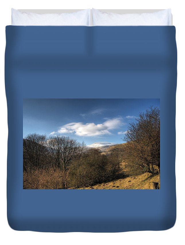 Fan Fawr Mountain Duvet Cover featuring the photograph Fan Fawr Brecon Beacons 2 by Steve Purnell