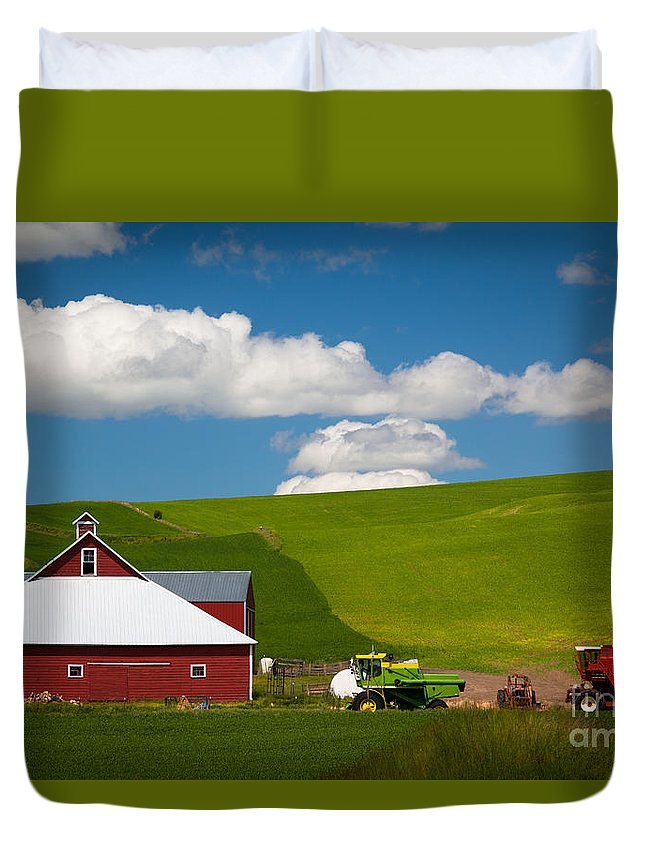 America Duvet Cover featuring the photograph Farm Machinery by Inge Johnsson