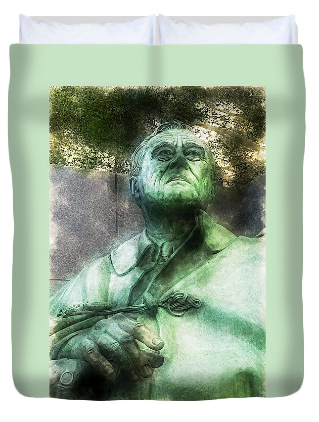 District Of Columbia Duvet Cover featuring the digital art Fdr - 3164 Traveling Pigments Hp by David Lange