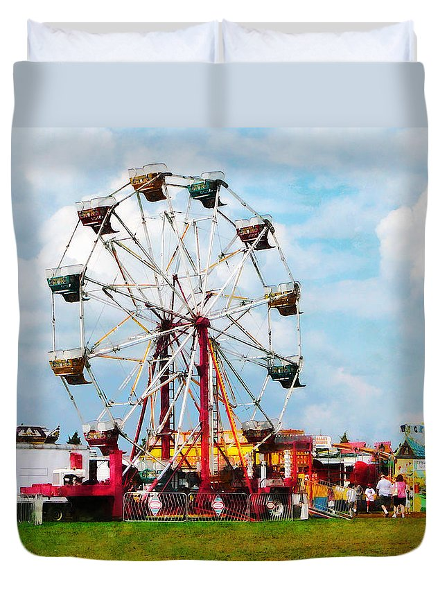 Ferris Wheel Duvet Cover featuring the photograph Ferris Wheel Against Blue Sky by Susan Savad
