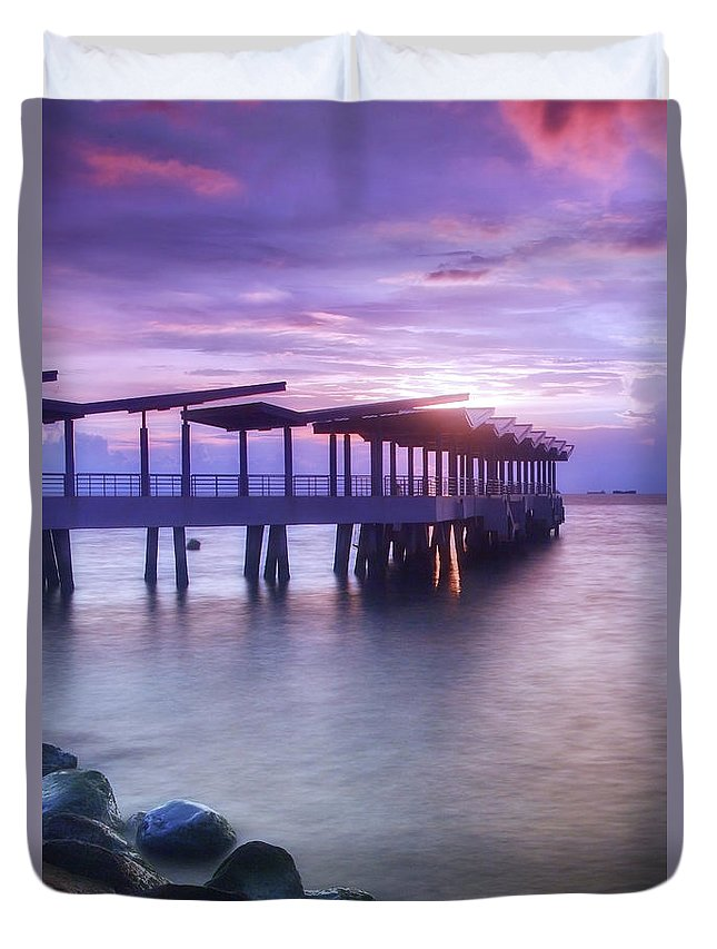 Scenics Duvet Cover featuring the photograph Ferry Station by Melv Pulayan
