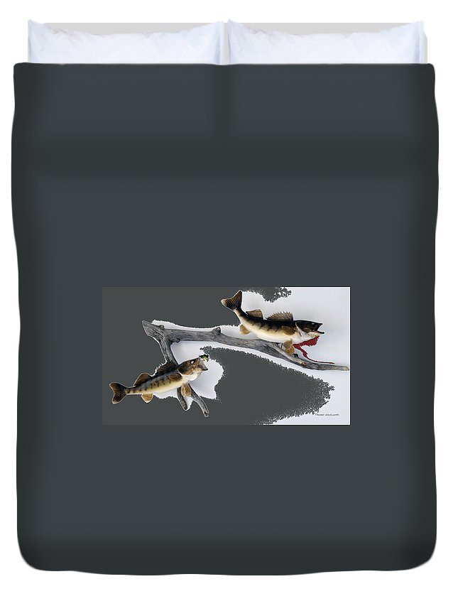 Animals Duvet Cover featuring the photograph Fish Mount Set 06 B by Thomas Woolworth