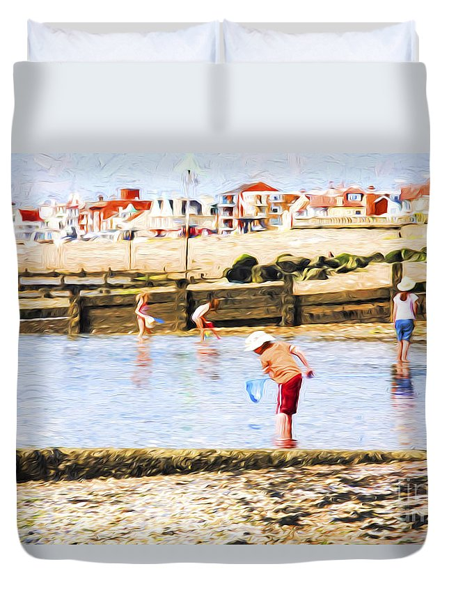 Children Fishing Duvet Cover featuring the photograph Fishing at Southend by Sheila Smart Fine Art Photography