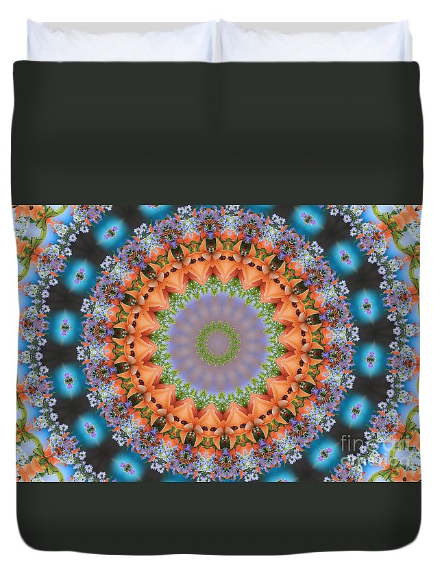 Circles Duvet Cover featuring the photograph Flower Bursting by Geraldine DeBoer