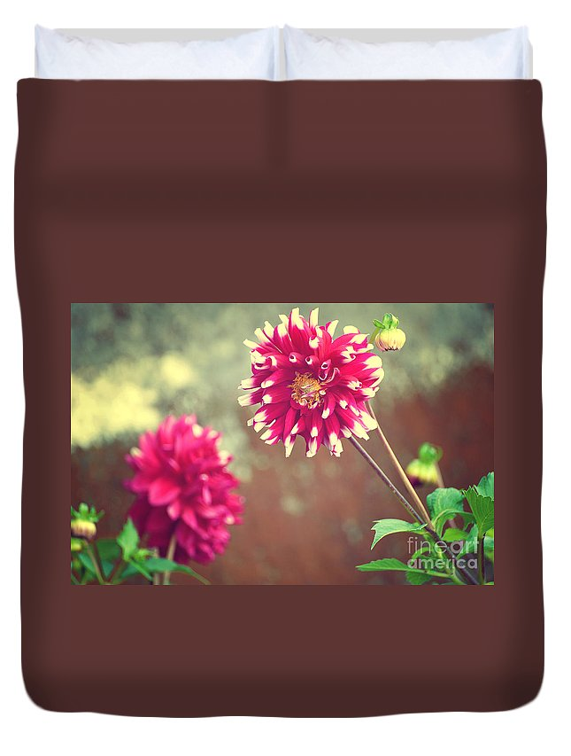 Nature Duvet Cover featuring the photograph Flower by Yew Kwang