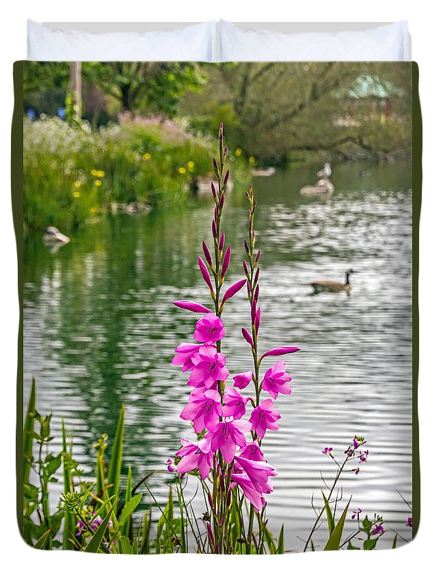 Bird Duvet Cover featuring the photograph Flowers At The Lake by Kate Brown