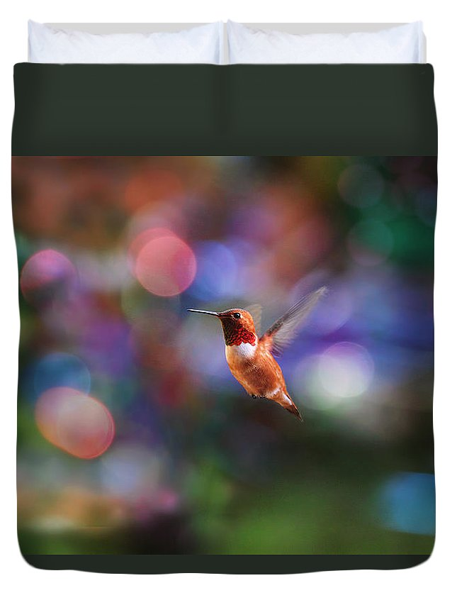 Hummingbird Duvet Cover featuring the photograph Flying Hummingbird And Bokeh by Peggy Collins