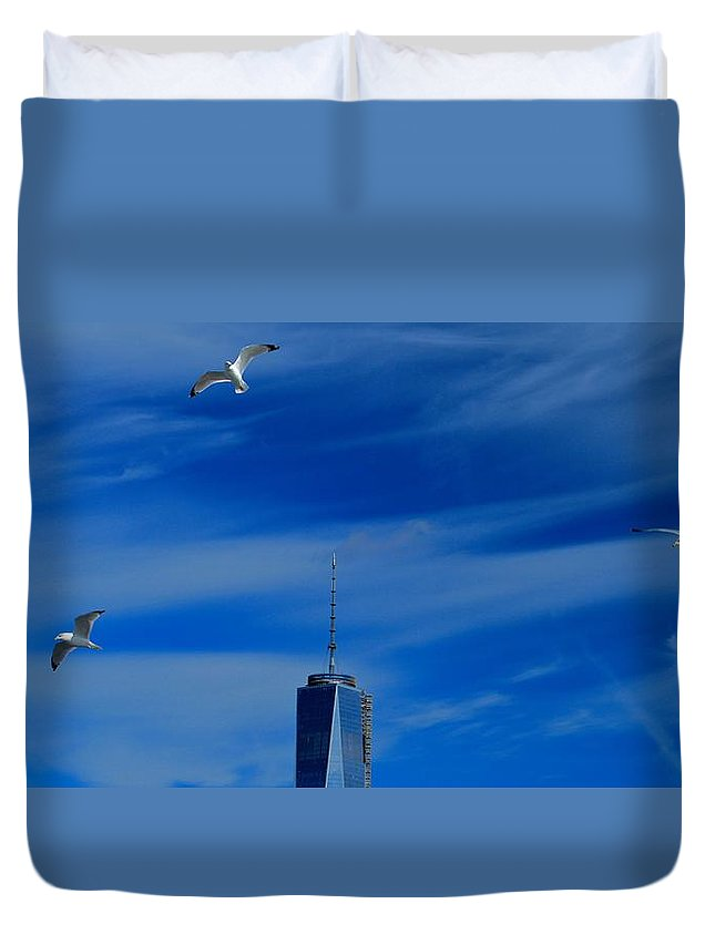Flyover One World Trade Center Duvet Cover featuring the photograph Flyover One World Trade Center by Dan Sproul