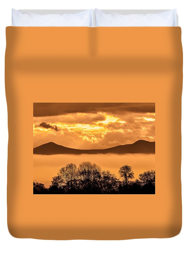 Fog Duvet Cover featuring the photograph Fog In The Valley by Sherman Perry