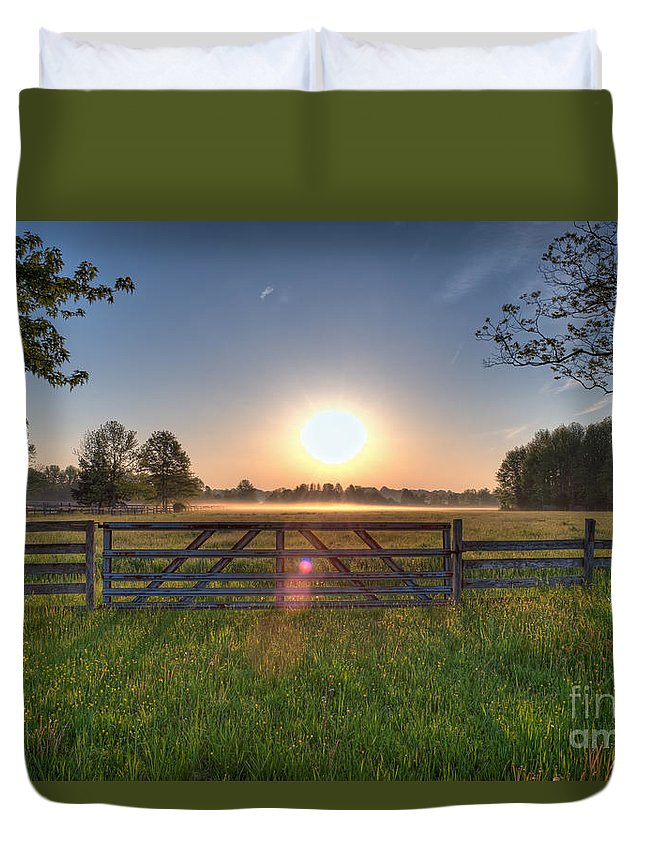 Landscape Duvet Cover featuring the photograph Foggy Field by Michael Ver Sprill