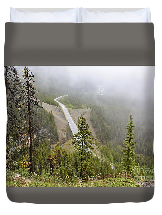 Landscape Duvet Cover featuring the photograph Foggy View From Icefields Parkway by Teresa Zieba