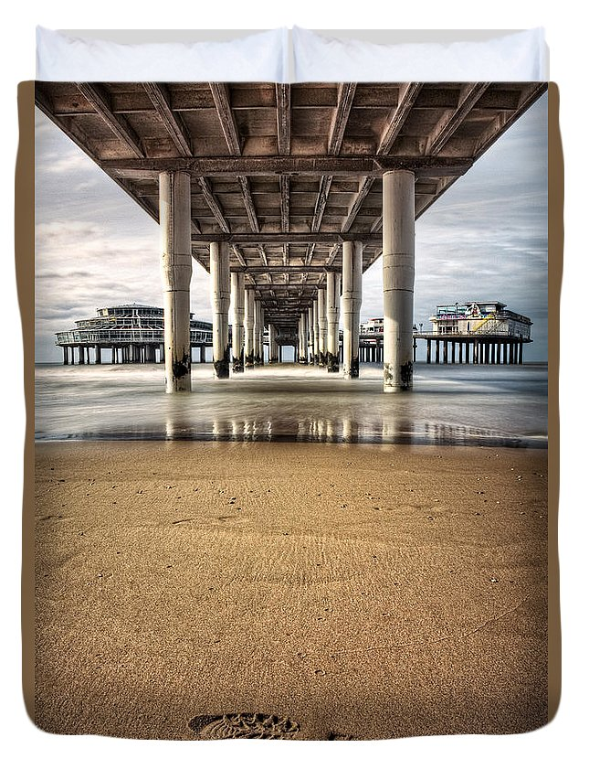 Piers Duvet Cover featuring the photograph Footprints In The Sand by Dave Bowman