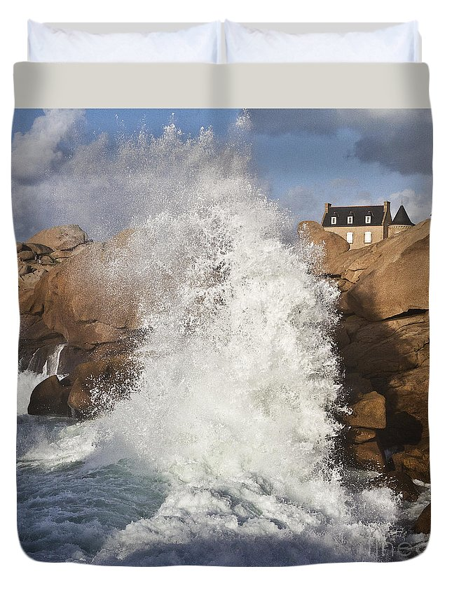 Heiko Duvet Cover featuring the photograph Force Of Breaking Waves by Heiko Koehrer-Wagner