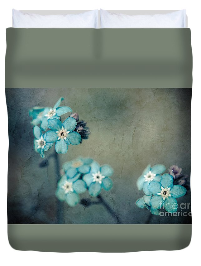 Blue Duvet Cover featuring the photograph Forget Me Not 01 - S22dt06 by Variance Collections