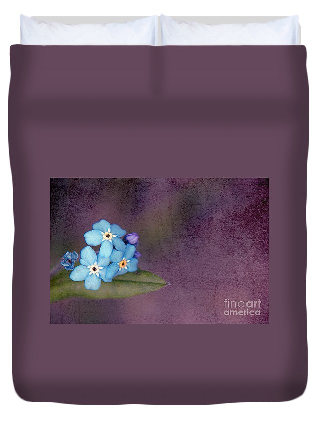 Flowers Duvet Cover featuring the photograph Forget Me Not 02 - S0304bt02b by Variance Collections
