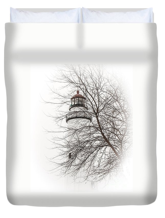 Fort Gratiot Lighthouse Duvet Cover featuring the photograph Fort Gratiot Lighthouse by Grace Grogan