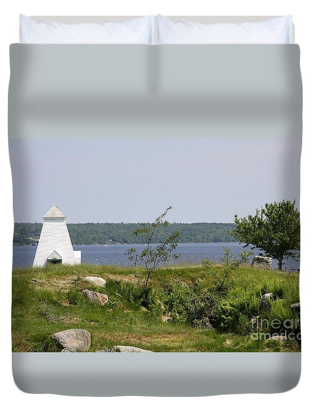 Fort Point State Park Duvet Cover featuring the photograph Fort Point State Park - Maine by Christiane Schulze Art And Photography