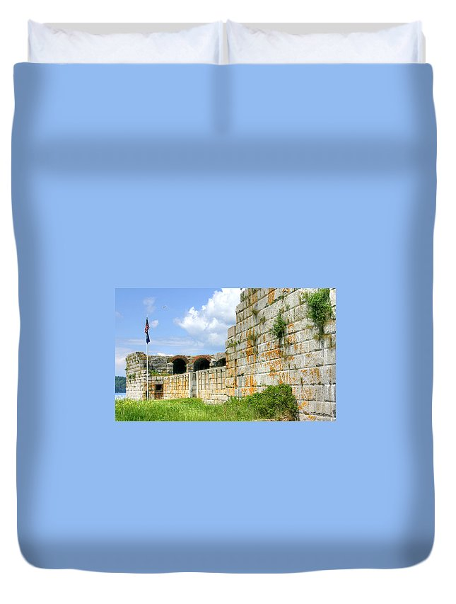 Fort Popham Duvet Cover featuring the photograph Fort Popham In Phippsburg Maine by Denyse Duhaime