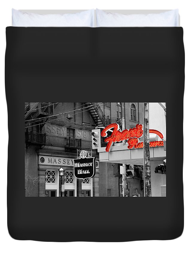 Frans Duvet Cover featuring the photograph Frans Restaurant 2 by Andrew Fare