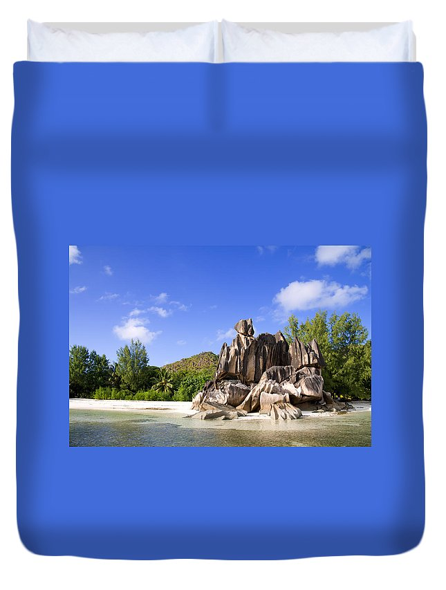 Beach Duvet Cover featuring the photograph Frog Rock by Alexey Stiop