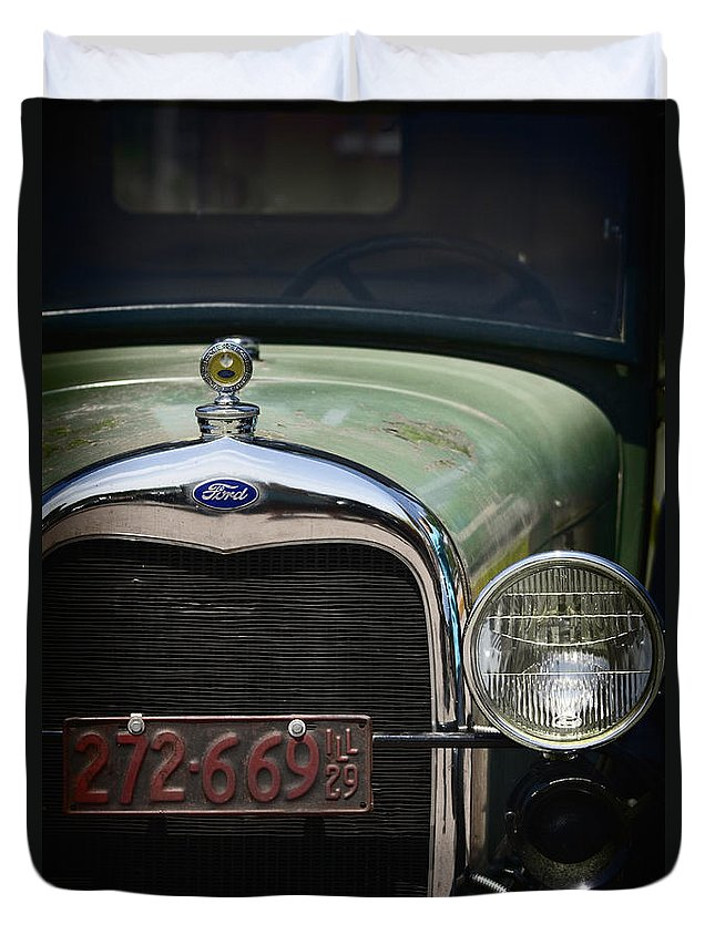 Detail; Old; Car; Vintage; Auto; Automobile; Green; Grill; Vehicle; Antique; Transportation; Parked; Ford; Model A; Window; Light; License; Illinois; 1920s Duvet Cover featuring the photograph Front End by Margie Hurwich