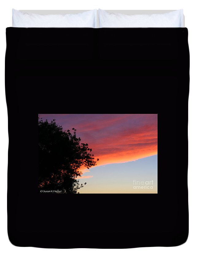 Cloud Duvet Cover featuring the photograph Front by Susan Herber