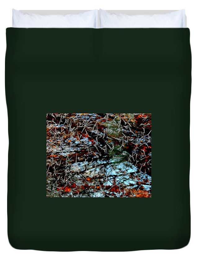 Rightfromtheart Duvet Cover featuring the photograph Autumn Frost by Bob and Kathy Frank
