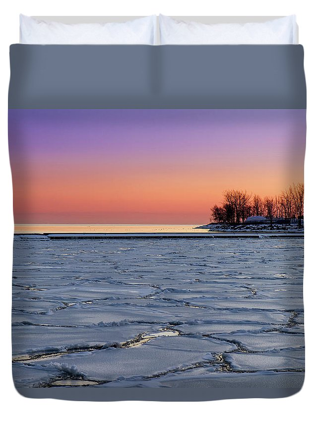 Scenics Duvet Cover featuring the photograph Frozen Lake Ontario Sunset by Frank Lee