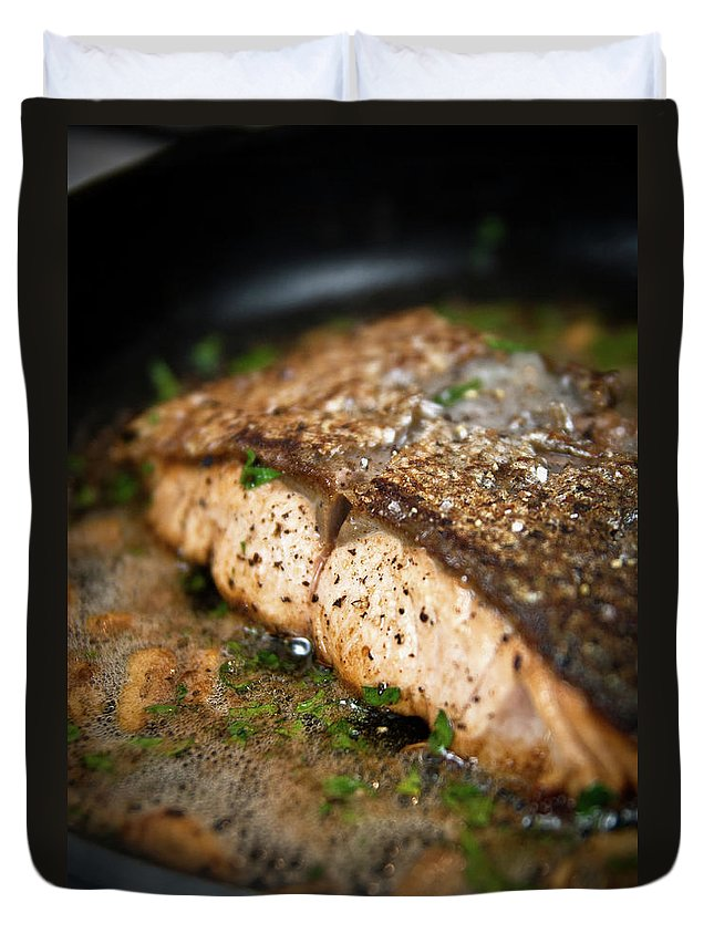 Garlic Duvet Cover featuring the photograph Frying Salmon On Pan by Wojciech Wisniewski