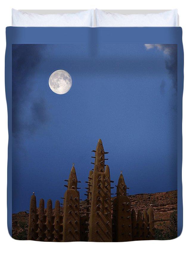Mali Duvet Cover featuring the photograph Full Moon At Bandiagara Mali by Dominic Piperata