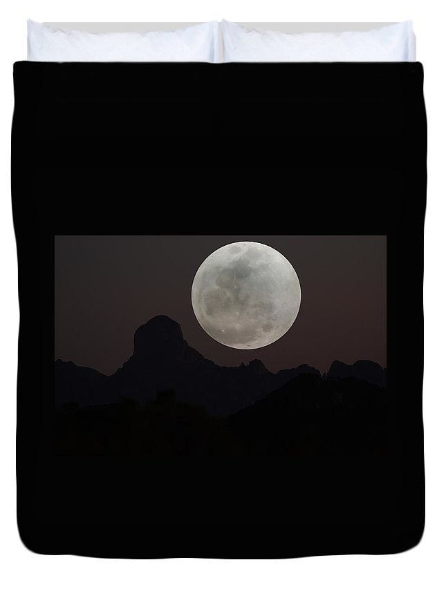 Baboquivari Duvet Cover featuring the photograph Full Moon Over Baboquivari by Laurie Larson