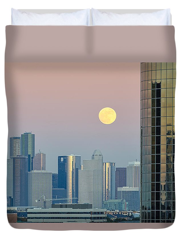 Downtown Houston Skyline Duvet Cover featuring the photograph Full Moon Over Downtown Houston Skyline by Silvio Ligutti