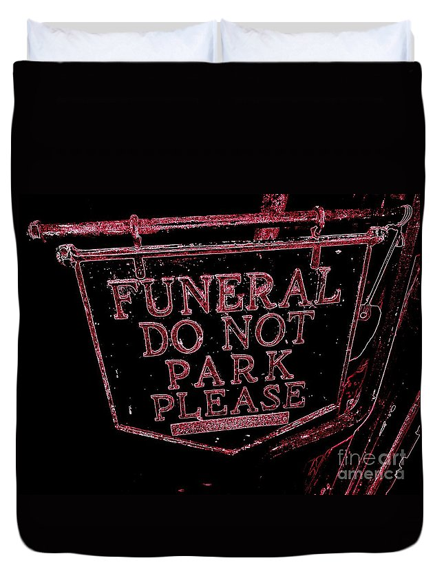 Sign Duvet Cover featuring the photograph Funeral Sign by Ed Weidman