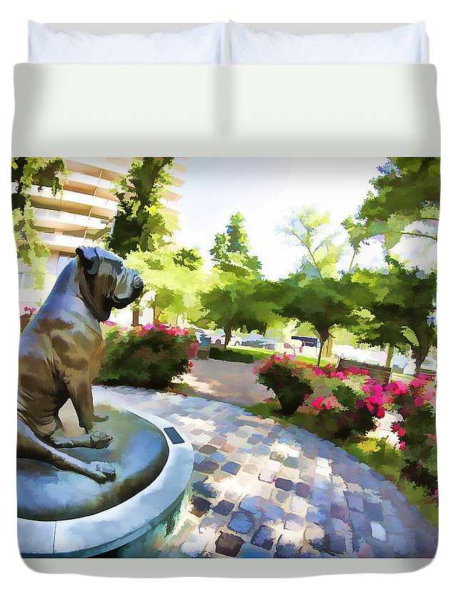The Philadelphian Philadelphia Dog Park Statue Gamekeepers Roses Duvet Cover featuring the photograph Gamekeepers Dog Park by Alice Gipson