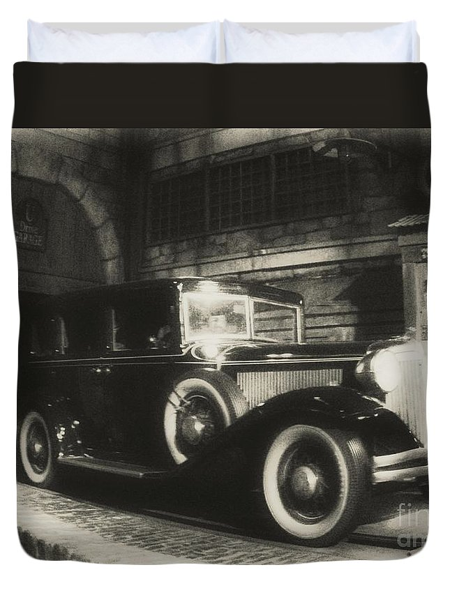 Classic Cars Duvet Cover featuring the photograph Gangsters Have Alwaystraveled In Style by John Malone