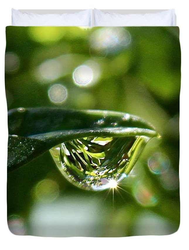 Water Drops Duvet Cover featuring the photograph Garden Reflections by Kume Bryant