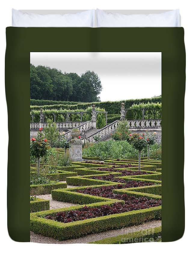 Cabbage Duvet Cover featuring the photograph Garden Symmetry Chateau Villandry by Christiane Schulze Art And Photography