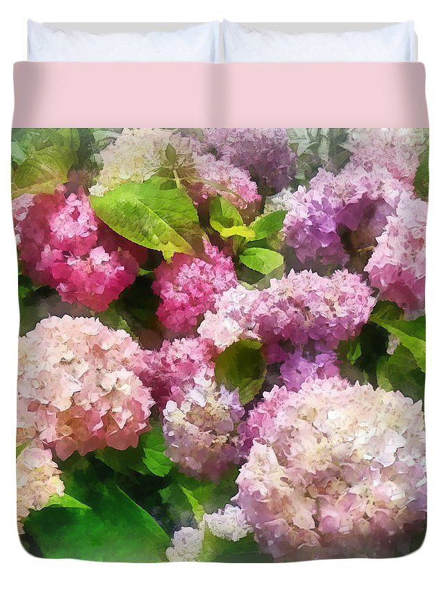 Hydrangea Duvet Cover featuring the photograph Gardens - Pink And Lavender Hydrangea by Susan Savad