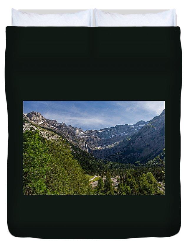 Landscape Duvet Cover featuring the photograph Gavarnie by Pierre-Jean Parra