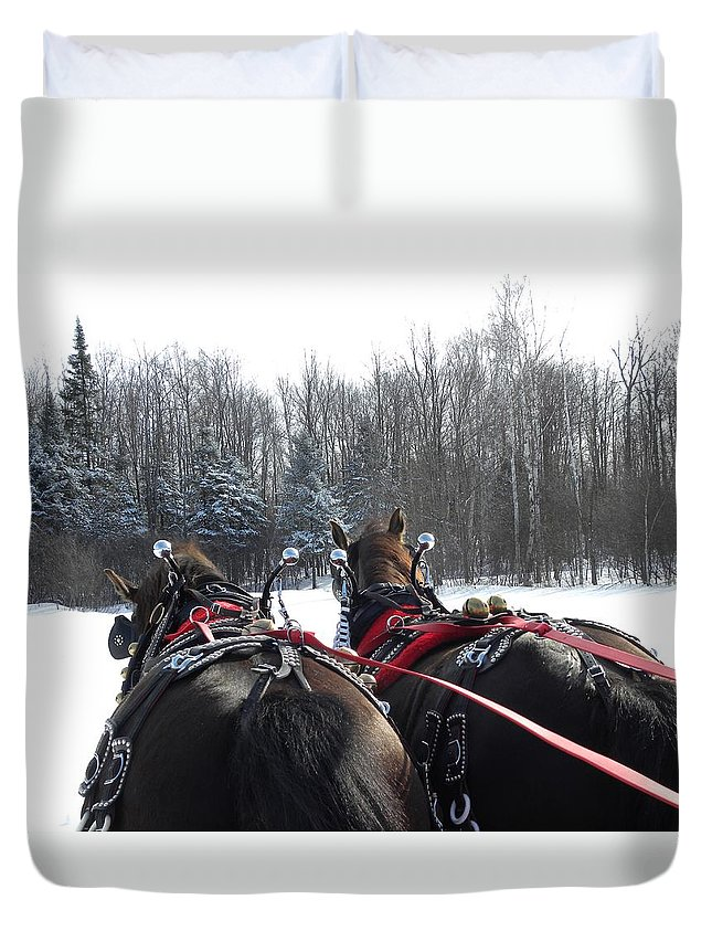 Horses Duvet Cover featuring the photograph Gee And Haw by Peggy McDonald