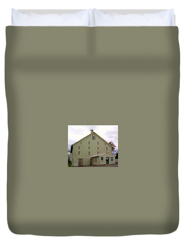 General Duvet Cover featuring the photograph General And President Dwight D. Eisenhower Old Barn by Chris W Photography AKA Christian Wilson