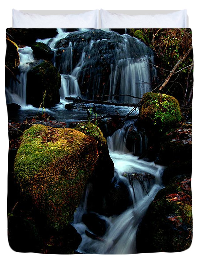 Stream Duvet Cover featuring the photograph Gentle Descent by Jeremy Rhoades