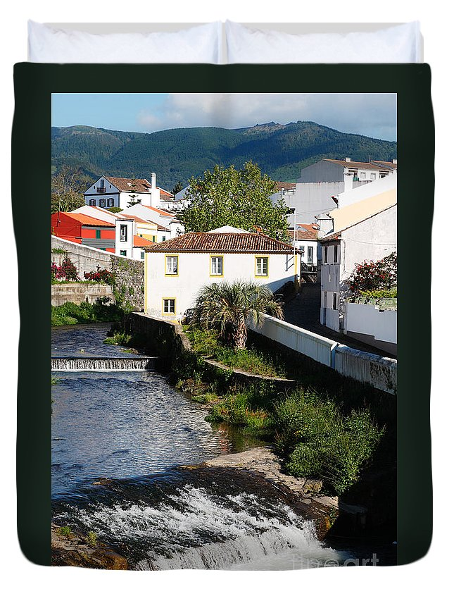 Creek Duvet Cover featuring the photograph Gentle Stream Of Water by Gaspar Avila