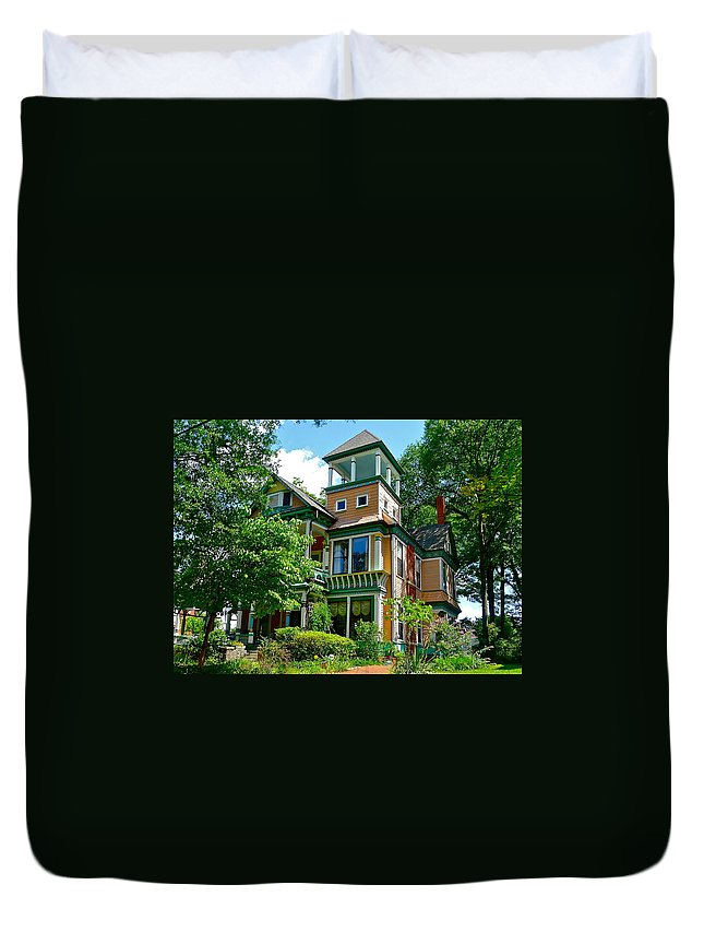 House Duvet Cover featuring the photograph Georgia Gem by Denise Mazzocco