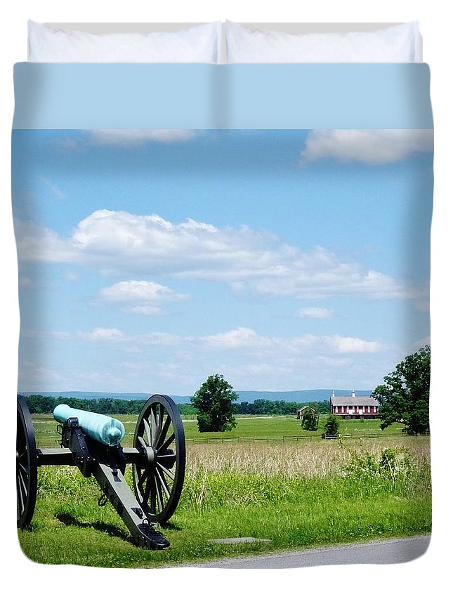 Gettysburg Duvet Cover featuring the photograph Gettysburg Battlefield 3 by Scenic Sights By Tara