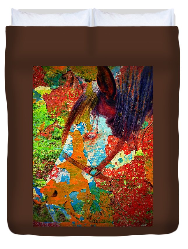 Ghost Horse Duvet Cover featuring the photograph Ghost Horse by Skip Hunt